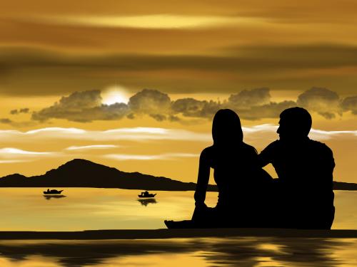 Un couple heureux en vacances