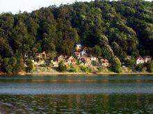 Tourisme et vacances d'été sur les lacs de Serbie