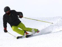 Skier en Roumanie