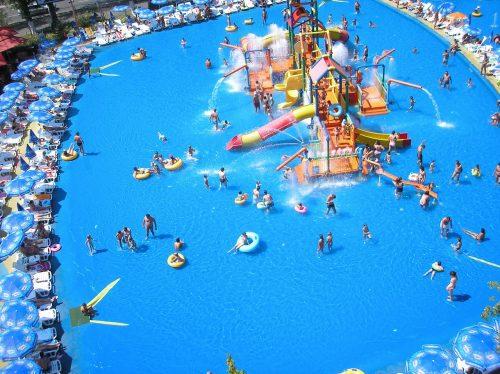 Parc aquatique à Mamaia